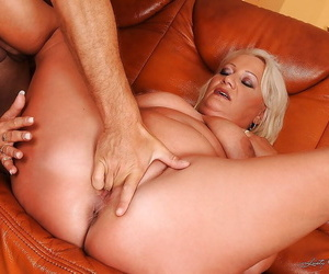 Fatty mature blonde gets her shaved cunt fingered and nailed hardcore