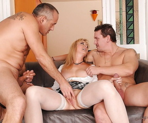 Big flop matured blonde is into groupsex with carbon copy penetration