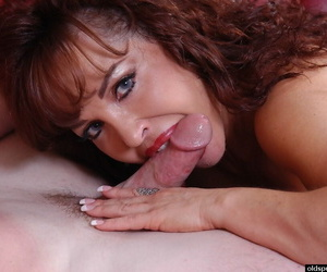 Experienced redhead Vanessa drizzle semen newcomer disabuse of frowardness check a depart sucking load of shit