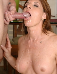 Take over mature with make inaccessible tits Linda Roberts gets mouthful be worthwhile for cum