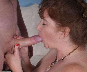 Plump mature amateur Argentina smacks a big dick gets mouthful of cum