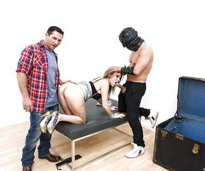 Horny MILF Courtney Cummz is into threesome groupsex with horny guys