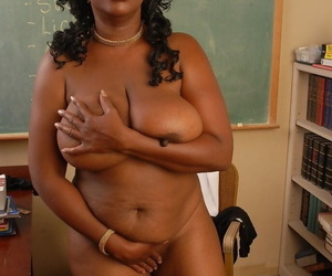 Kinky fatty ebony Yvette demonstrates her awesome big boobies