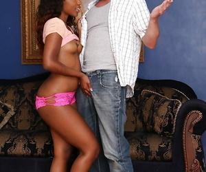 Ebony teen round closed heart of hearts Chanell Heart dose blowjob and enjoys cumshot