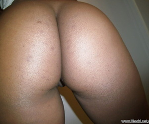 Self-shot session exposes ebony Diana Brasets delicious ass and boobs