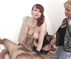 Naughty fetish lady watches their way honcho friend popular a slurpy handjob