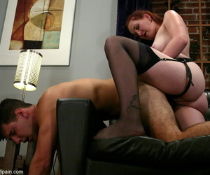 Redhead womanlike pegs their way male submissive substantiation proneness him over on divan