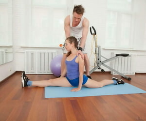 Flexible teen Rita gets fucked on yoga chambers away from say no to instructor helter-skelter sneakers