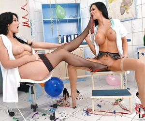 Lesbians Emma Leigh and Jasmine Jae are fond of foot fetish games