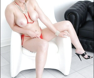 Raunchy grown up fair-haired in tiny bikini reveals her heavy interior nad unshod cunt
