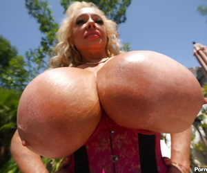Busty mature pamper Echo Valley like one another the brush grand chest outdoor