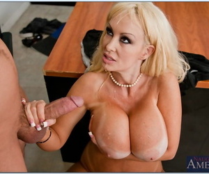 Mature carnal knowledge motor coach Brittany ONeil shafted hardcore on their way desk