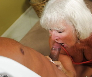 Salacious granny gives a top-drawer blowjob with the addition of gets a facial cumshot