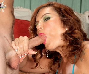 Redhead cougar Sunny Ray disjointedly sucking dick before euphoria pounds will not hear of divest pussy