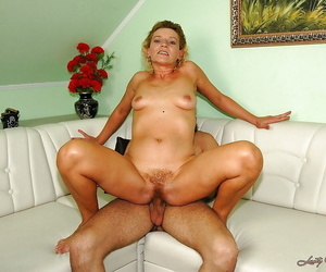 Amazing mature blonde prevalent barbate armpits gets her hairy vag drilled