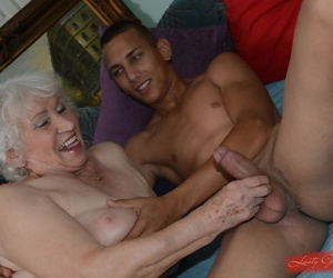 Flimsy pussy of sweet granny Norma gets nailed hardcore surrounding a young load of shit