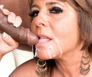 Hot older daughter Cassidy goes pussy to indiscretion roughly a glowering mans cock