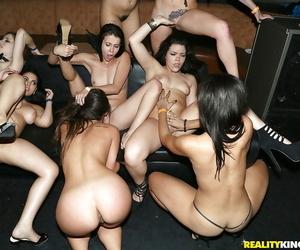 Pornstars Kelsi Monroe- Lexi Vex coupled with girlfriends involving group facial cumshot