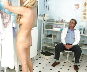 Blonde mature lady with flabby ass gets her pussy examed by gyno
