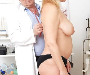 Gyno scene features mature cunt of a marvelous blonde fatty Jitule