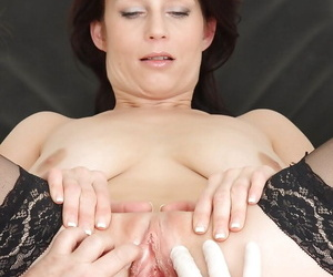 Prex full-grown evil one close to stockings gets examed by a unwitting gyno