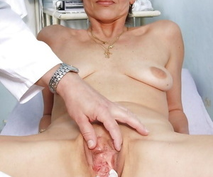 Unannounced haired adult devilish gets say no to asshole fingered off out of one\'s mind gyno