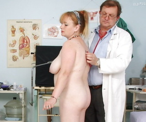 Fatty matured lassie beside heavy pair gets her twat examed by gyno