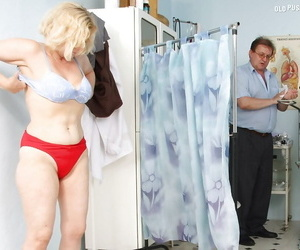 Heavy busted grown-up blonde gets her queasy bombshell examed at the end of one\'s tether gyno