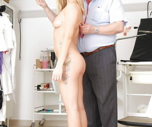 Dressy and snarky girl Bella Anne gets examined overwrought gyno surrounding glasses