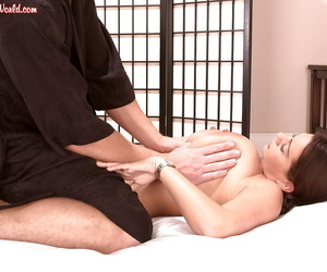 Big boobed MILF Linsey Dawn McKenzie receiving massage and pussy fingering