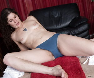 Older solo model Sunshine exposing hither open puristic cunt unbefitting trunks
