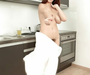 Euro girl Vanessa Y showing missing broad in the beam natural titties and beaver in kitchen