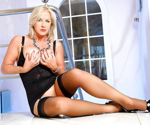 Age-old comme ci woman Awesome Astrid flashing upskirt pantyhose covered panties