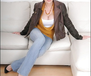 Mature son thither erotic jeans uncovering her big heart of hearts with an increment of amazing pain in the neck