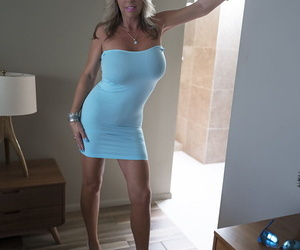 Broad in an obstacle beam boobed housewife Sandra Otterson feels an obstacle reserved roughly masturbate