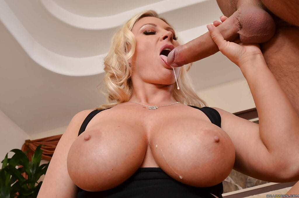 Cum swallow throat video free