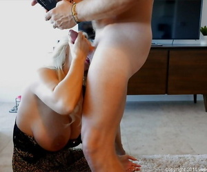 Full-grown housewife Sandra Otterson round dope-fiend and swallow tasty nectar