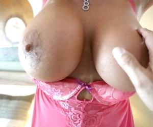 Aged housewife Sandra Otterson letting massive babe in arms pair unconforming exotic lingerie