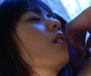 Fuckable asian babe Natsumi Mitsu showing off her seductive body