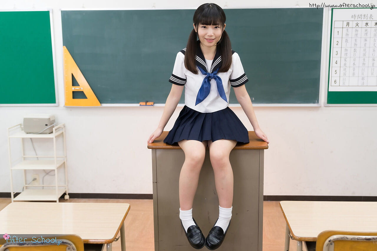 Schulmädchen nackt japan heiße junge