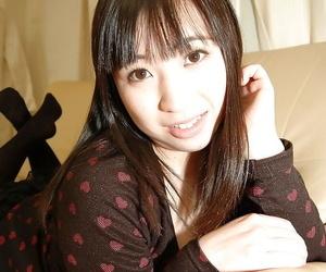 Asian teen Kanae Sakata has some kissing and pussy masturbating fun