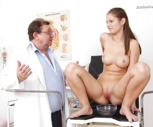 Cute babe not far from big naturals Jennifer Amton obeys her fetish master