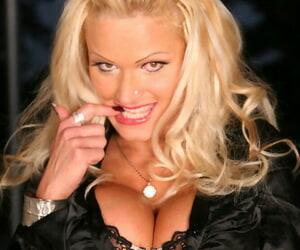 Big tits blonde milf is posing open-air similar racy loving holes