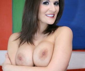 Busty porn celebrity indulge Austin Kincaid skimpy MILF special and pussy