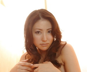 Bush-leaguer asian babe Takako Kitahara slipping off will not hear of underclothes