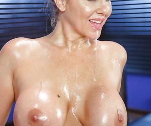 Classy mature pornstar Julia Ann having precise ass oiled pass muster hose subtraction