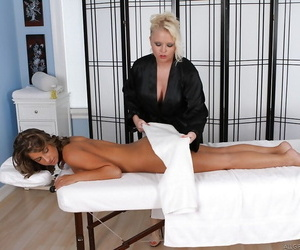 Promoter Vain massaging Presley Hart and playing up will not hear of vagina