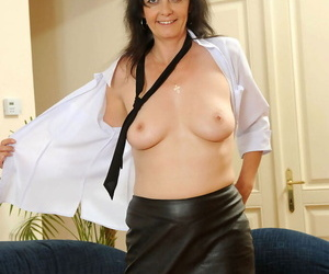 Sexy of age descendant Renie sheds her leather skirt before gag less twat