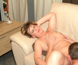 Shaved of age Pleunie gets eaten before she receives her lovers pecker