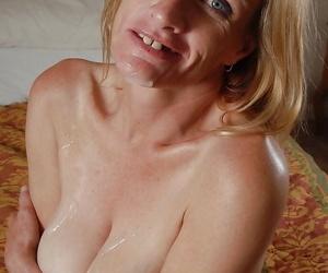 Mature cutie with big tits TJ dose blowjob and enjoys fresh cumshot